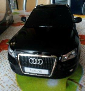 Audi Q5 возможен торг.