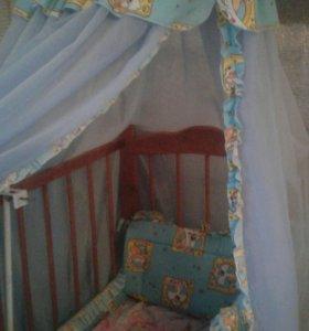 Болдахин и защита на кроватку.