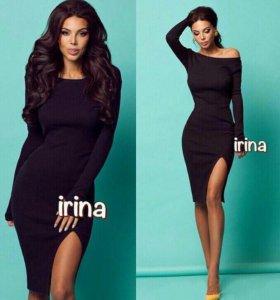 Черное платье с разрезом (новое)