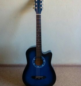Новая гитара синего цвета