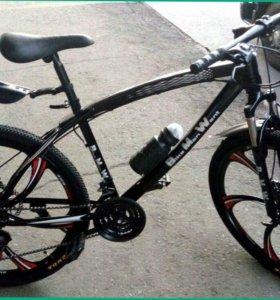 Велосипеды БМВ на литых дисках и спицах
