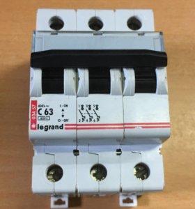 Автоматический выключатель Legrand С63