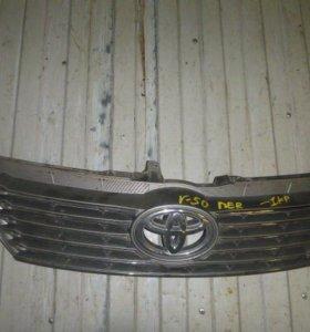 Решетка радиатора для Toyota Camry V50