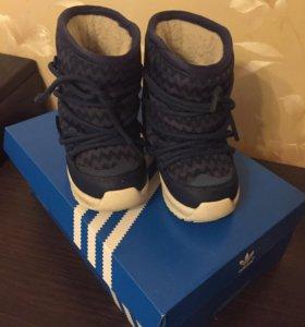 Зимние сапожки Adidas