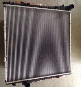 BMW X5 e53 радиатор охлаждения