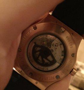HUBLOT японские часы