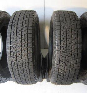 Bridgestone Blizzak 215/70 R17