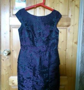 Вечернее платье черное с фиолетовыми узорами