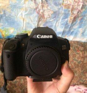 Фотоаппарат canon 650D тушка в идеальном состоянии