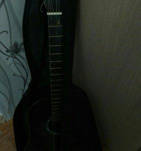 Гитару продам