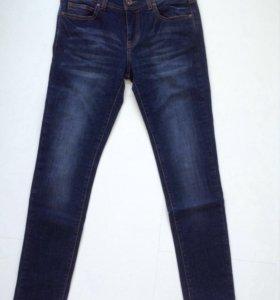 Новые джинсы Armani