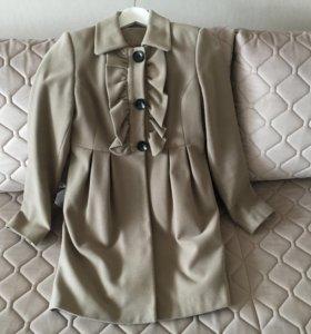 Пальто женское р.36