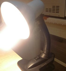 Лампа на прищепке