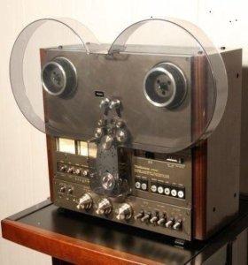 Катушечный магнитофон Technics RS-1700U