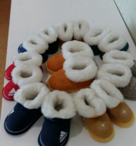 обувь для прогулок в коляскеиз натуральной овчины