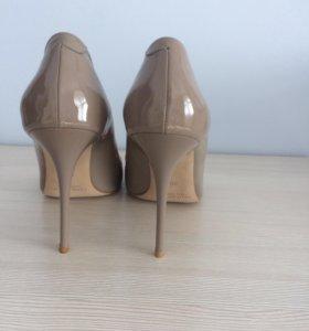 Туфли натуральная кожа лак