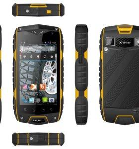 Телефон Texet X-driver Quad TM-4082R