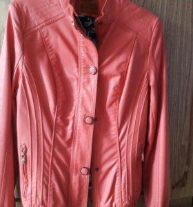 Новая Куртка кожаная