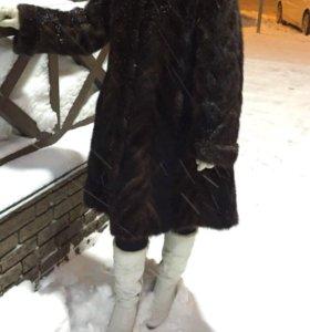 Шуба норковая, из хвостиков норки. 48 размер