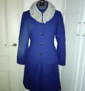 Зимний комплект: пиджак и юбка