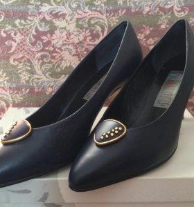 Туфли женские (натуральная кожа) новые
