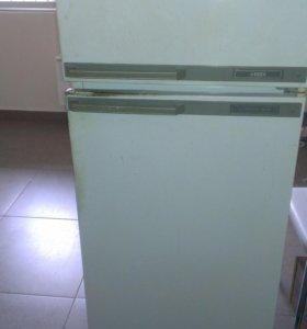 Холодильник минск 15м (могу прислать видео)