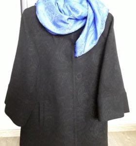 Пальто рукав 3/4 в отличном состоянии р.42