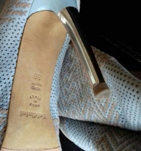 36p Брендовая обувь три пары