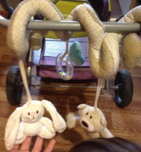 Игрушка змейка на коляску -кроватку