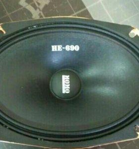 MOMO he-690