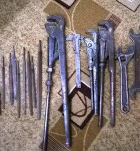 Слесарный и столярный инструмент
