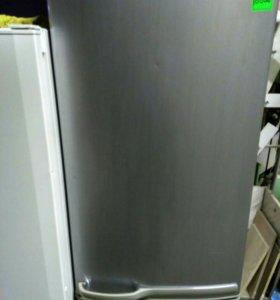 Хороший холодильник Самсунг