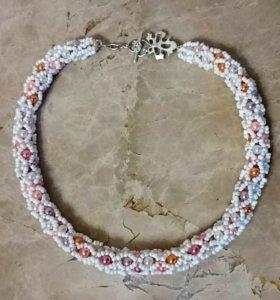 Ожерелье, колье в подарок девушке