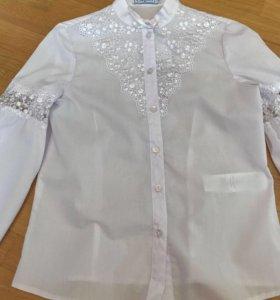 Блуза школьная размер 12 лет рост 152 см. Новая