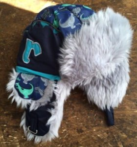 Зимняя шапка reiki