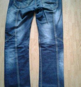 Продам мужские джинсы 46-48