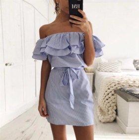 Платье с рюшами новое