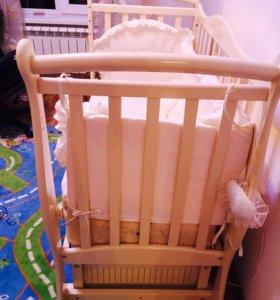 Кровать детская новая , без царапин и пятен.