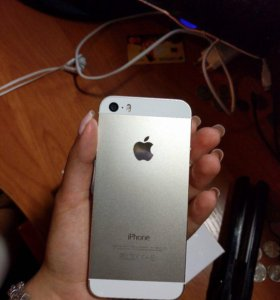 iPhone 5s 16гб gold