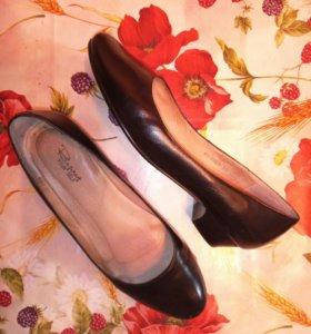Туфли женские б/у