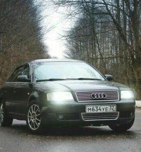 Автомобиль Ауди 2002 год