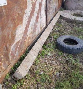 Пасанок бетонный столбик