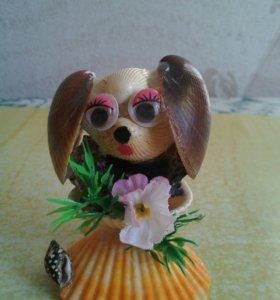 Собачка из ракушек