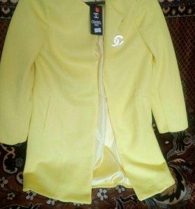 Пальто женское,новое