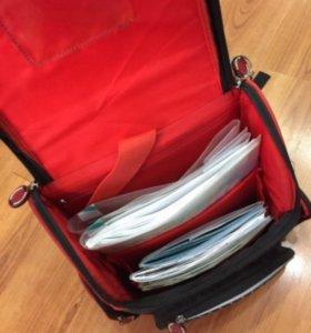 Продаётся школьный ортопедический рюкзак с тачками