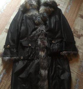 Зимнее женское пальто на натуральном меху