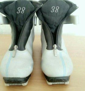 Ботинки лыжные, 38