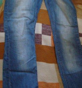 джинсы зауженные из Америки,46-50