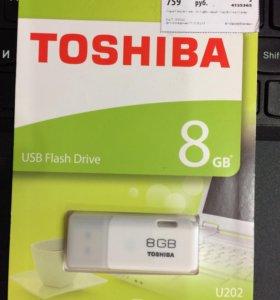 USB флэшка 8Gb