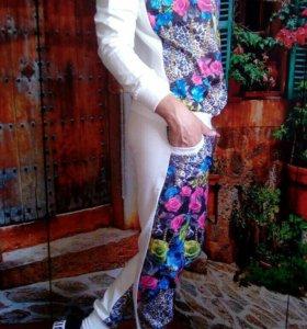 Стильный костюмчик Цветы